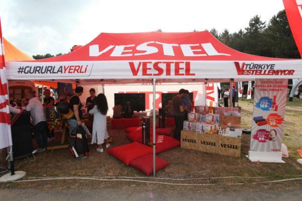 vestel-stand