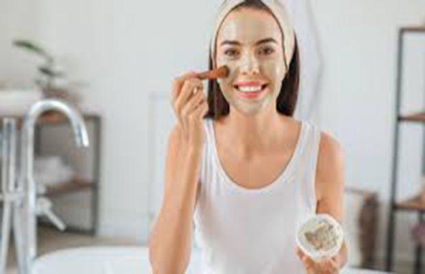 इस फेस पैक को रोजाना सिर्फ 15 मिनट के लिए लगाएं, आपकी त्वचा को निखार मिलेगा