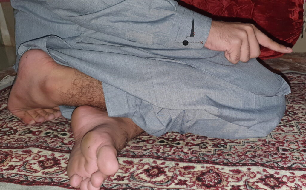 performing salat: It is sunnah when sitting for 2nd Tashahudd which is final, to sit on your left buttock with your left feet under your right leg, with the right feet still erect.
