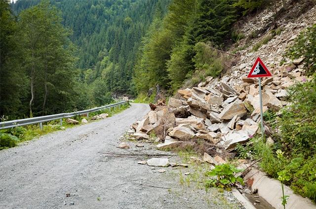 Türkiye'de Kaya ve Taş Düşmesi