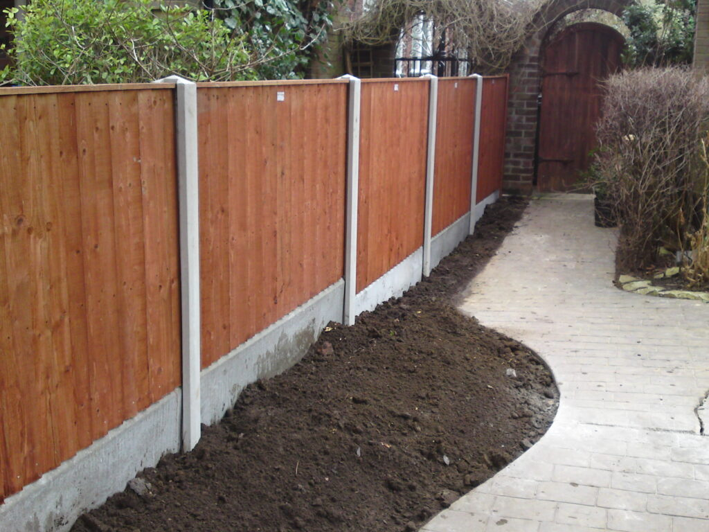 Slotted-Fence-Panels