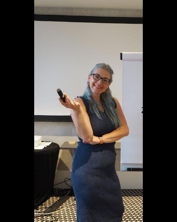 Hallo! Ich bin Dr. Claudia Langosch