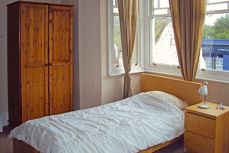 A standard single room