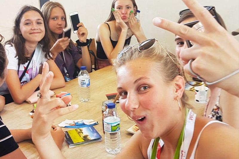 Fun in class, Hastings