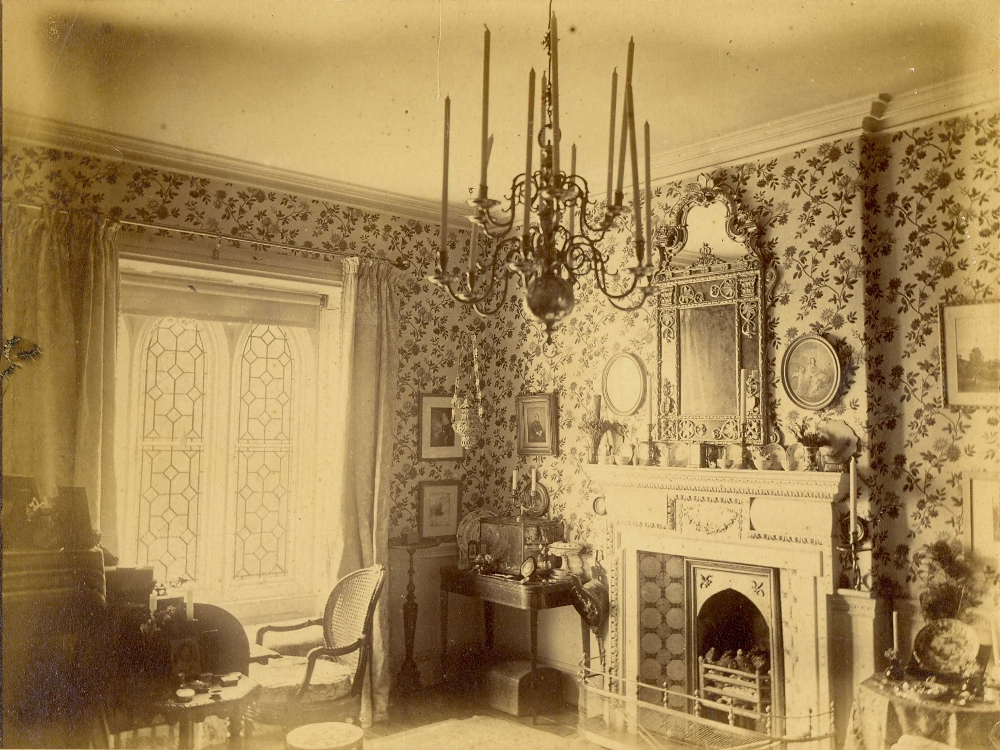 Historic wallpaper Victorian parlour floral fireplace