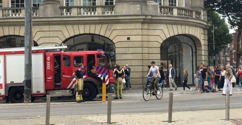 Photo of إخلاء متجر أبل في أمستردام بعد إشتعال أحد أجهزة ايباد