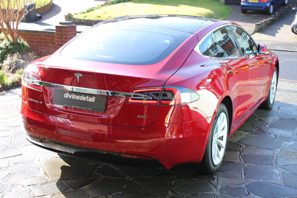 Tesla Model S New car detail
