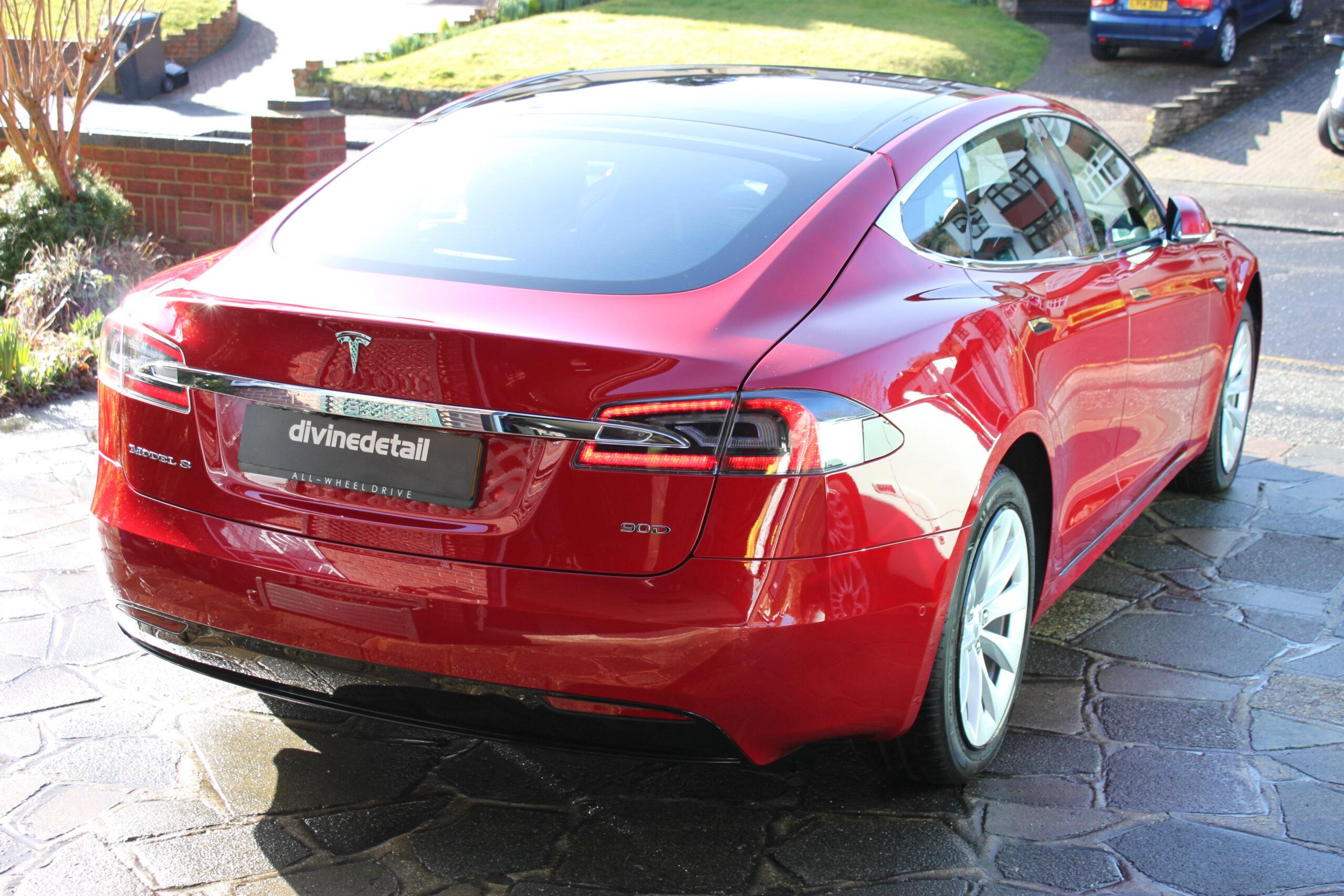 Tesla Model S New car detail