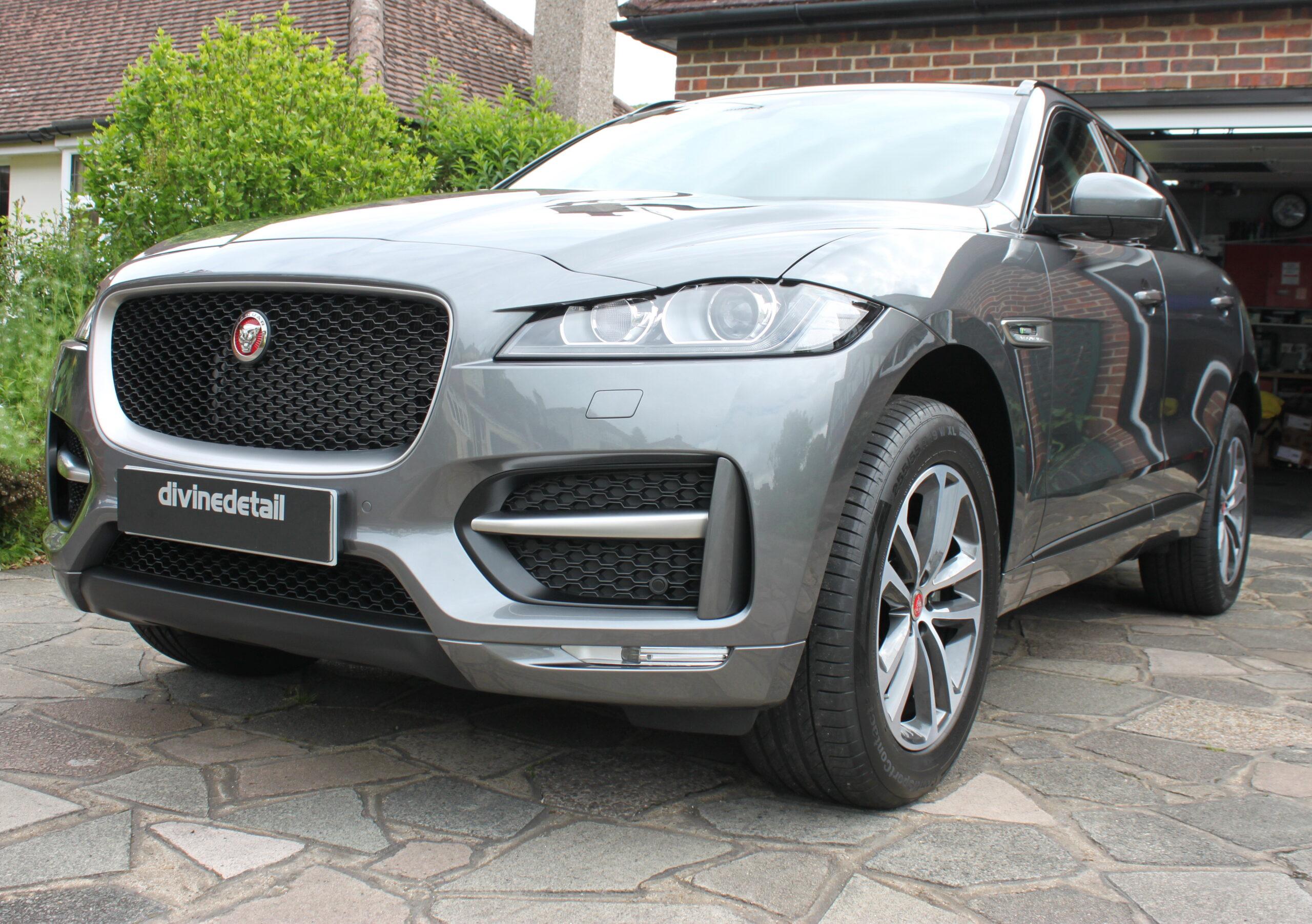 Jaguar F Pace new car detail