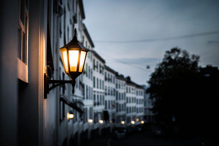 lamp-4420668_1920