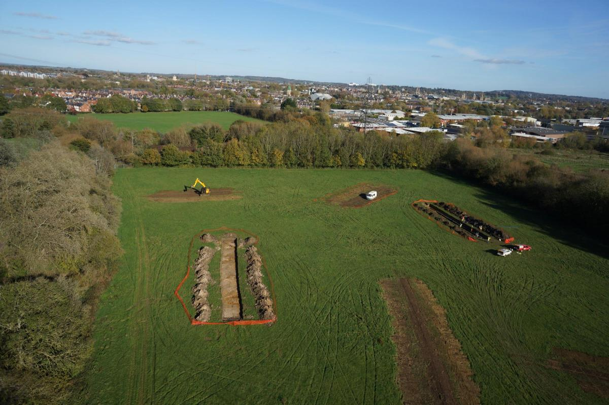 Oxford medieval road discovered under a field near Willow Walk