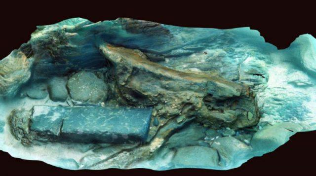 3D photogrammetry of timber and stone from the ship's wreck.