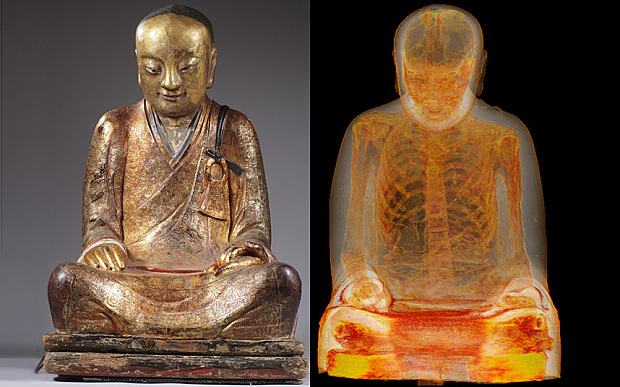The unusual contents of the statue were discovered in the 1990s when the statue underwent restoration