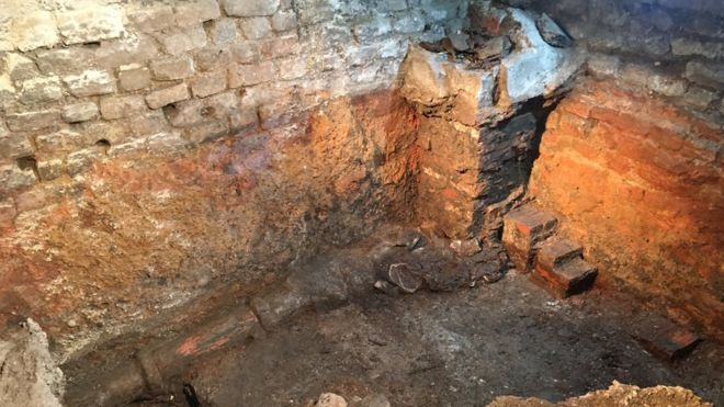Archaeologists have begun re-excavating a hidden Roman bath which was first discovered 130 years ago.