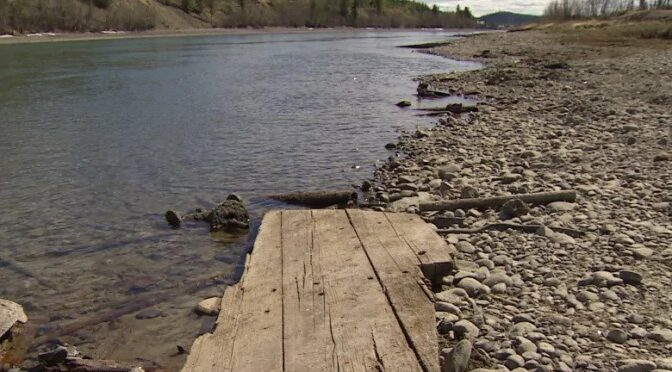 Low Water Levels Reveal Riverboat Artifacts in Canada