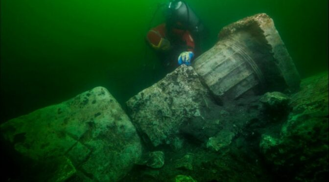 Divers find temples and treasure in Egypt's ancient city of Heracleion