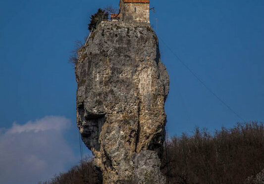The Katskhi Pillar – the Most Incredible Cliff Church in the World