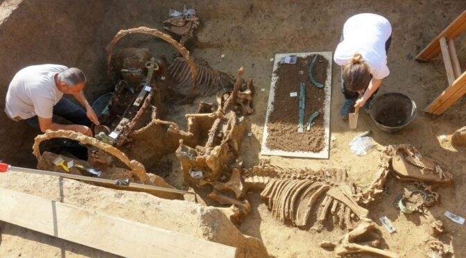 Unique Archaeological Discovery in Croatia: Roman Chariot With Horses!