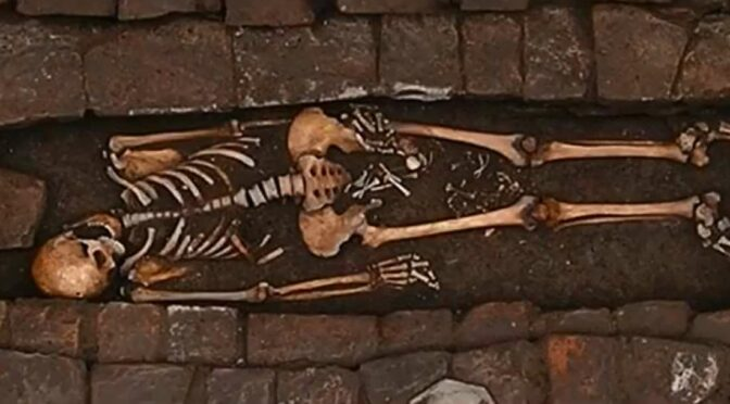 "The Medieval Woman Who ""Gave Birth"" In A Coffin"