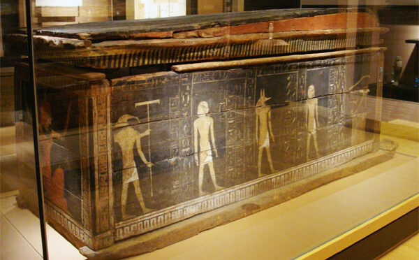 Did ancient Egyptians trade nicotine and cocaine with the New World?
