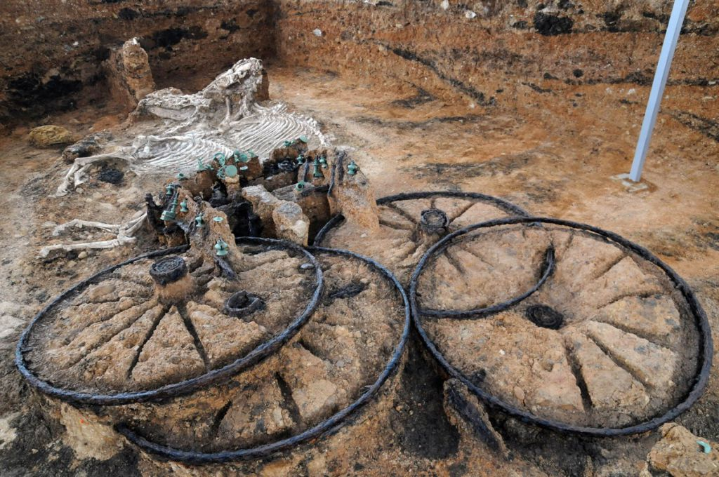 2,500-Year-Old Chariot Found – Complete with Rider And Horses