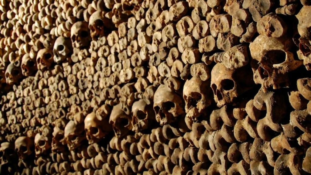 Why There Are Six Million Skeletons Stuffed Into The Tunnels Beneath Paris