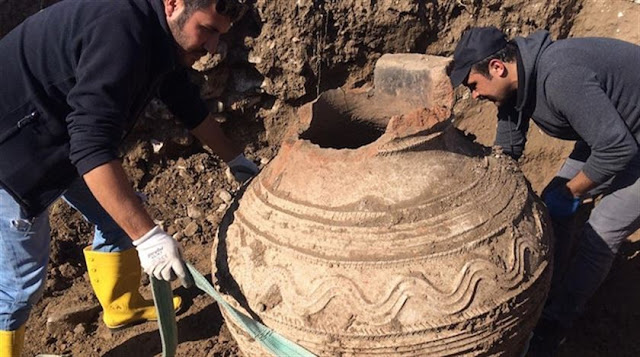 Farmer accidentally discovers giant Byzantine-era pithos in central Turkey