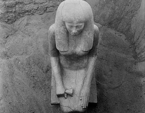 The Statue of Lady Sennuwy of Asyut Emerges from the ground at Kerma Sudan in 1913