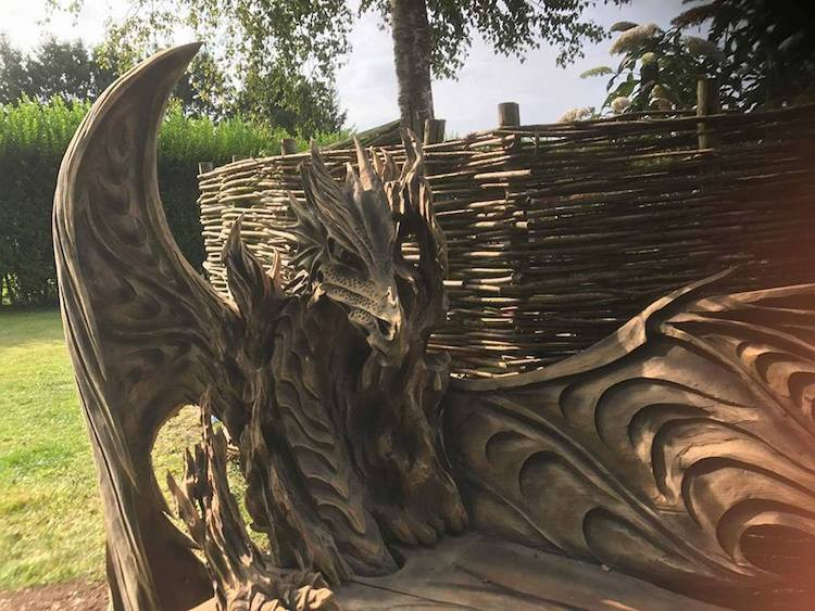 Estonian artist Igor Loskutow is an award winning master of chainsaw art and is part of the Husqvarna chainsaw sculpture team, which travels to events across Europe in order to show off their cutting skills
