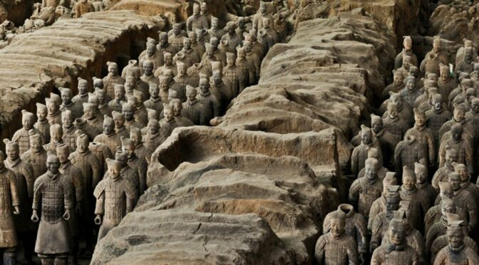 Farmer Digging a well find the Terracotta Army of Emperor Qin Shi Huang in China
