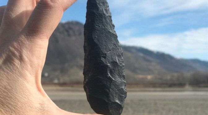A Canadian archaeologist walking her dog finds a 9,000-year-old artifact on Thompson River