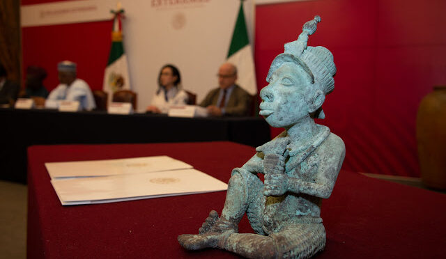 Mexico Returns Bronze Sculpture To Nigeria