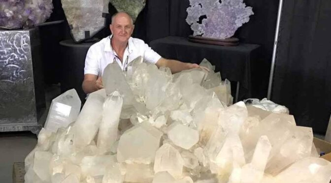 A gigantic natural quartz crystal cluster was mined from the Colemans quartz mine near Jessieville