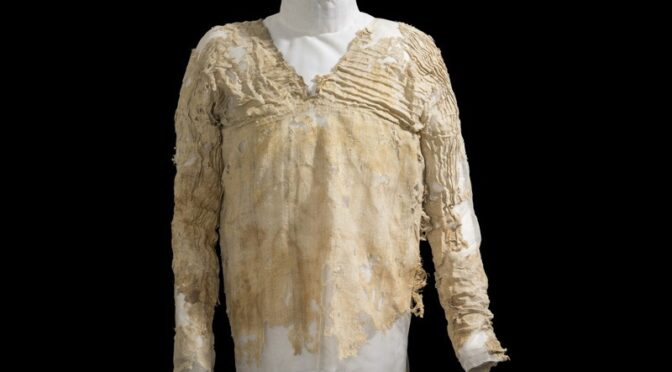 The Tarkhan Dress Confirmed to Be the World's Oldest Dress