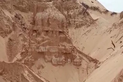 200-year-old temple buried in the sand, excavated in Southeastern India