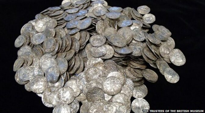 Hoard of 5,000 Anglo Saxon Coins Worth Over $1.5 M Discovered by Amateur Metal Detectorists