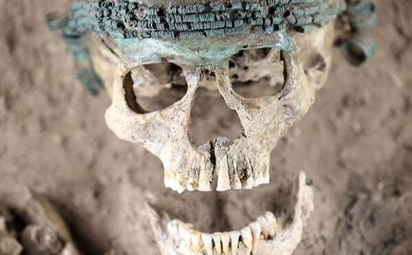 3,500 Years old Bronze Age skull shows women always loved jewellery