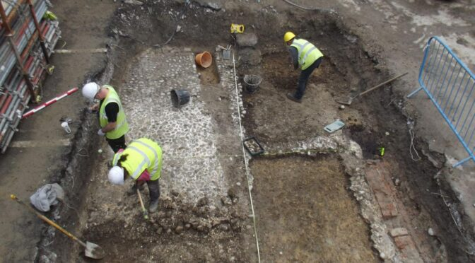 17th-Century Artifacts Found at Soldiers' Barracks in Ireland