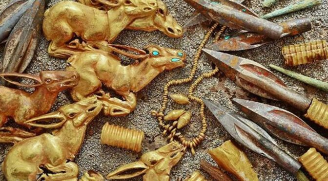Thousands of Gold and Precious Metal Items Found in Saka Burial Mound