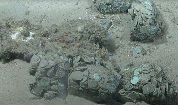 Researchers stunned by 'perfect' £300million shipwreck treasure