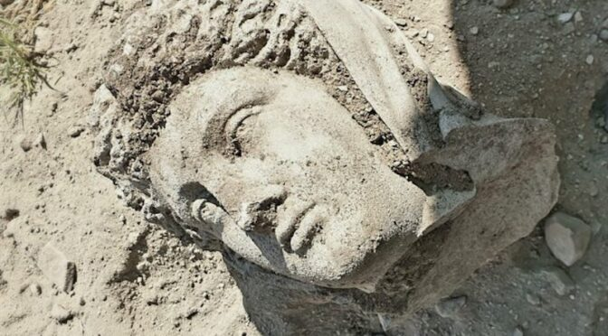 Turkey: 3rd-century statue unearthed in the ancient city