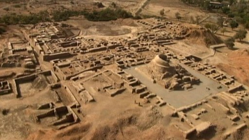Buried temple in Turkey Built During 12,000 B.C almost 7,500 years older than Egyptian Pyramids