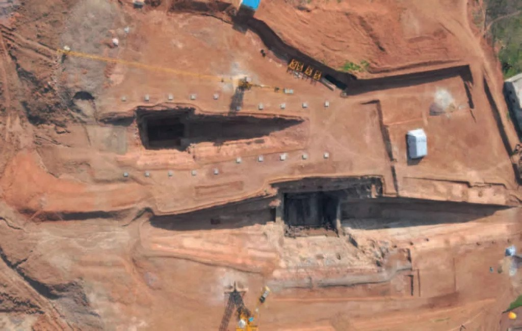 2,100-Year-Old King's Mausoleum Discovered in China
