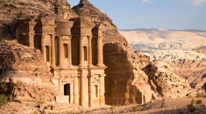Massive Structure Found Buried in Sands of Petra