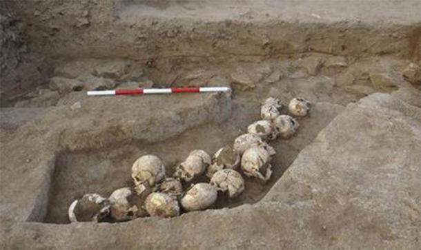 Pits of Skulls Found in Shimao: China's Neolithic City of Mystery
