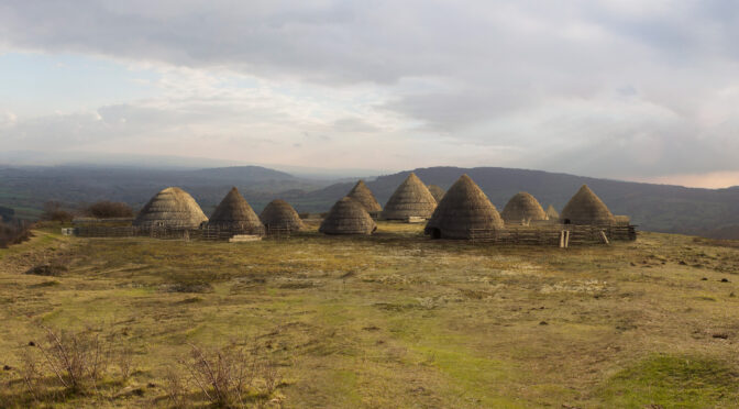 Village in Canada: 8,000 years'older than Egyptian pyramids'