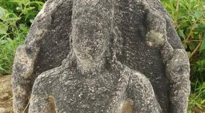 1,200-Year-Old Sculpture Unearthed in Southern India