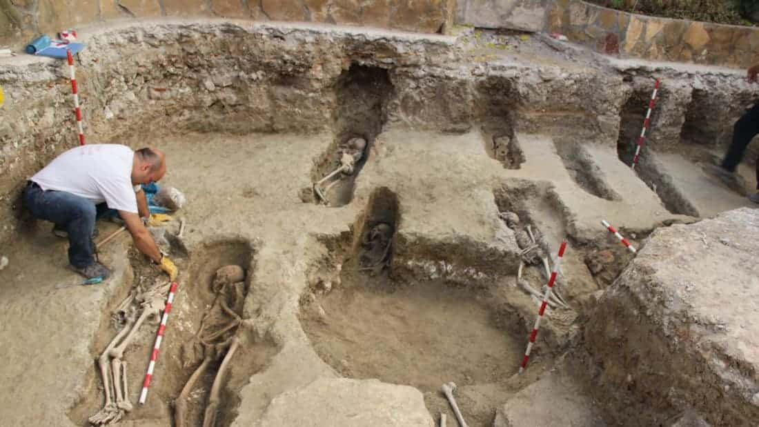 More than 4,500 Skeletons Discovered in Islamic Necropolos in Spain