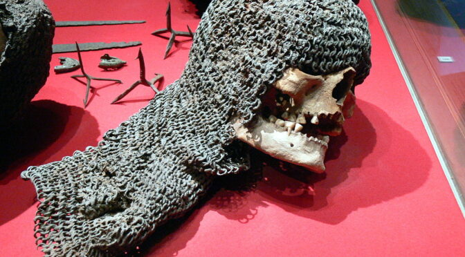 A medieval victim still in his chainmail discovered in Sweden