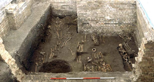 University of Cambridge: Remains of 1,300 scholars are found under a building
